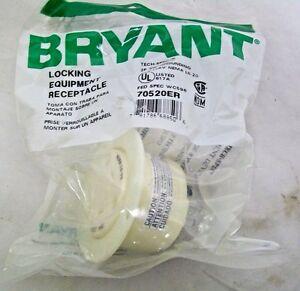 Bryant 70520ER Locking Equipment Female Receptacle 20A 125V Nema L5-20 2P3W