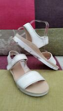 """BRAND NEW CLARKS """"TRIGENIC"""" WHITE LEATHER SANDALS,LOW WEDGE HEELS,   UK 7"""