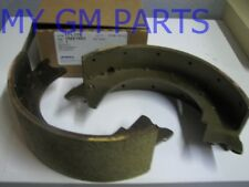 GM MOTORHOME PARKING BRAKE SHOES 9X3 1991-1999 NEW OEM 15661993