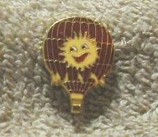 SUNNY BOY ON A RED BALLOON, BALLOON PIN