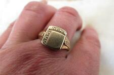 Vintage 9CT Yellow Gold  Square Chased Signet Ring Size T