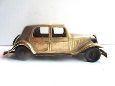 Ancien jouet vintage, voiture Traction CITROEN 15, 6 cylindres en laiton doré