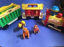 Vintage Fisher Price Circus Train 991 w/ Lion, Bear and Monkey