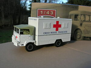 IXO 1/43 CAMION 4X4 SIMCA type Cargo AMBULANCE MILITAIRE 1959 !!!!!