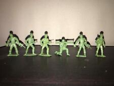 Lot of 6 WW2 GI Toy Soldiers 45mm Scale  Green Plastic - MPC