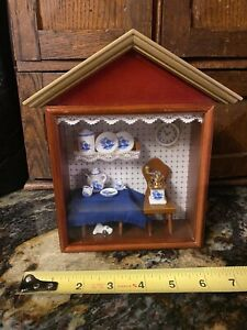 Reutter Original German Shadow Box Diorama w Kitchen Miniature Tea Set Dog Delft