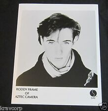 RODDY FRAME/AZTEC CAMERA—1980s PUBLICITY PHOTO