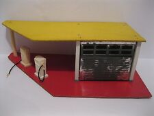 Rare Eagle Toys Service Gas Station With Working Garage Door