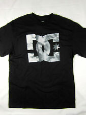DC Shoes short sleeve Retro Fit t shirt men's black size LARGE
