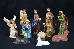 11 Pcs Polyresin Christmas Nativity Set In 13cm Height.
