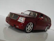 Minjada Toys 1:24 Cadillac Escalade American Muscle Coche SUV modificado