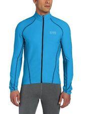 Équipements bleus Gore pour cycliste