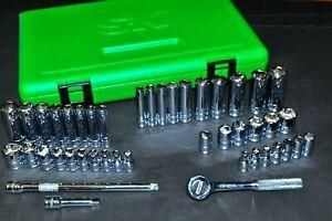 "44 Piece 1/4"" Dr 6 Point SAE,Metric Standard & Deep Socket Set SK 91844 USA"