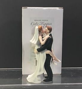 "Cake Topper Kissing Couple Romantic Figurine 5.5"" Weddingstar NIB"