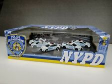 NYPD POLICE VEHICLE 1/64 SET OF 5 CARS DIORAMA BOX GREENLIGHT 56080 W/ CHASE CAR