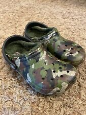 NEW Youth Dual Comfort Fleece Lined Camouflage Crocs - Size 12