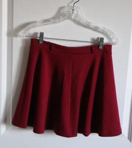 """Forever 21 Burgundy Mini Skirt Size Medium 15"""" Long- Half Zipper"""