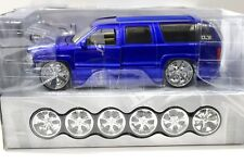 1:18 jada chevrolet suburban Dub City Blue 2003 kit sp New en Premium-modelcars