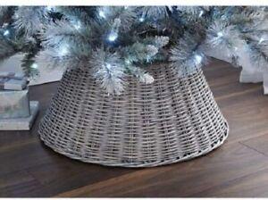 New Stunning Beautiful Design Wicker Christmas Tree Skirt - Ash Home Decor N-21