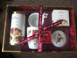 Royal Albert Old Country Roses Tea Strainer Set Boxed