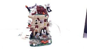 Halloween Village Ceramic HAUNTED HOUSE Ghosts & Pumpkins Cottage House
