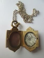9ct Gold Chain With Victorian Locket.