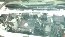 98 GMC SAFARI LEFT FRONT HUB FRONT AWD 137698