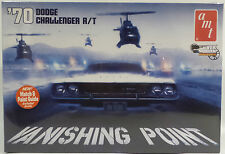 Voitures: vanishing point: 1970 dodge challenger r / t 1:25 scale model kit amt