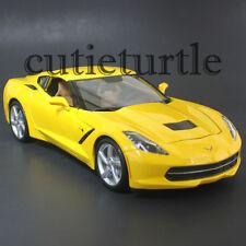 Maisto 31182 2014 Chevrolet Corvette C7 Stingray 1:18 Diecast Model Car Yellow