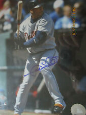 DETROIT TIGERS 8 X 10 PHOTO SIGNED BY GARY SHEFFIELD
