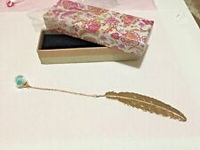 Bookmark GOLD FEATHER with chain and flower ball BNIB