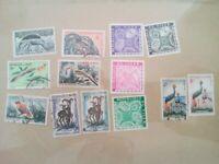 lot N°25 - 13 timbres REPUBLIQUE DU NIGER