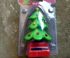 1- christmas tree x-mas green BOBBLE TOY SOLAR POWER CAR DASH OFFICE DESK GIFT