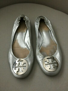 TORY BURCH silver REVA flats leather with silver logo size 7 M