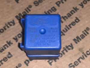 5L5T-13350-AA  2005 - 2009 Ford Lincoln Mercury Flasher Relay Turn Signal
