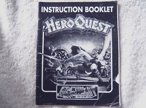 72627 Instruction Booklet - Hero Quest - Atari ST ()