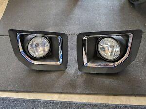 GMC Sierra 2500 HD 15-19 OEM fog light and bezel set