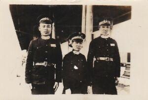 OLD PHOTO ASIA JAPAN JAPANESE MEN WOMAN UNIFORM CAP W8