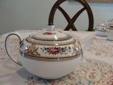 WEDGWOOD COLUMBIA TEA POT