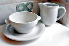 Lilienporzellan weiß, 3 tlg. Milchkanne, Suppenschale, kleiner Teller