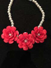 FASHION JEWELRY - Rose Red Faceted Plastic Flowers & Faux Pearl Collar Necklace