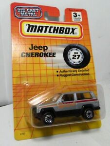 Matchbox 1-75 Mb 27 AMC Jeep Cherokee SPORT XJ Silver w/ Blue Logo on Hood 1993