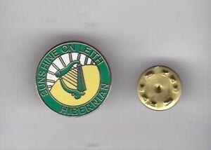 "Hibernian "" Sunshine on Leith "" - lapel badge butterfly fitting"