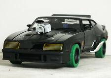 1:24 Greenlight FORD FALCON XB V8 'MAD MAX' INTERCEPTOR Green Tires CHASE CAR 18