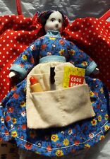MARK FARMER Peddler Doll, 5.5 inches tall, with cape and apron, vintage 1970's