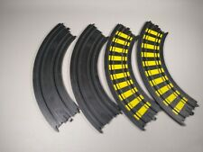 """Tyco Slot Car Track Curve Lot Of 4 pieces 9""""R 1/4 Curve B5831 & B5877 Striped"""