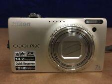 Nikon COOLPIX S6000 14.2MP Digital Camera - Champagne silver