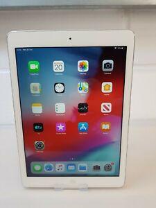 Apple iPad Air 1st Gen Wi-Fi 64GB Silver A1474