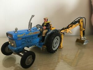 Corgi Ford 5000 Super Major with rear hydraulic bucket scoop and driver.