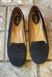 Womens Clarks Artisan Slip On Suede Shoes Loafers Size 7.5 Black EUC